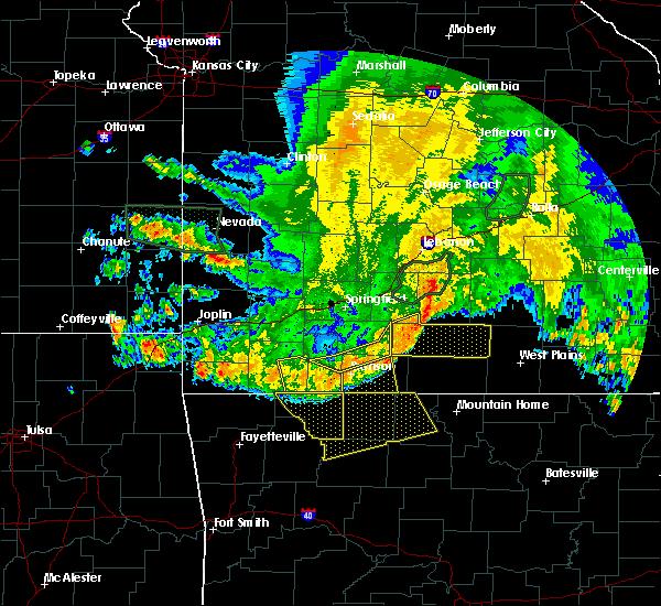 Radar Image for Severe Thunderstorms near Pontiac, MO at 6/4/2020 5:52 AM CDT