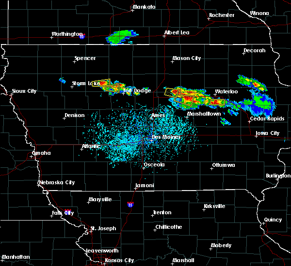 Radar Image for Severe Thunderstorms near Clare, IA at 6/4/2020 5:08 PM CDT