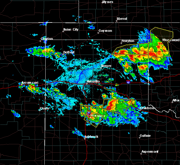 Radar Image for Severe Thunderstorms near Lipscomb, TX at 6/4/2020 5:12 PM CDT