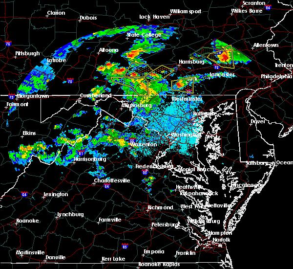 Radar Image for Severe Thunderstorms near Marshall, VA at 6/4/2020 6:44 PM EDT