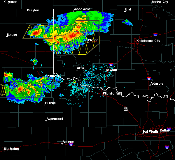 Radar Image for Severe Thunderstorms near Sayre, OK at 6/4/2020 6:23 PM CDT