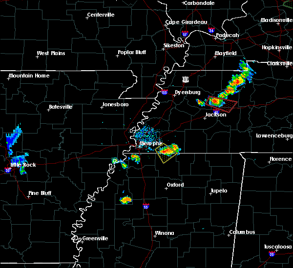 Radar Image for Severe Thunderstorms near Collierville, TN at 6/4/2020 6:33 PM CDT