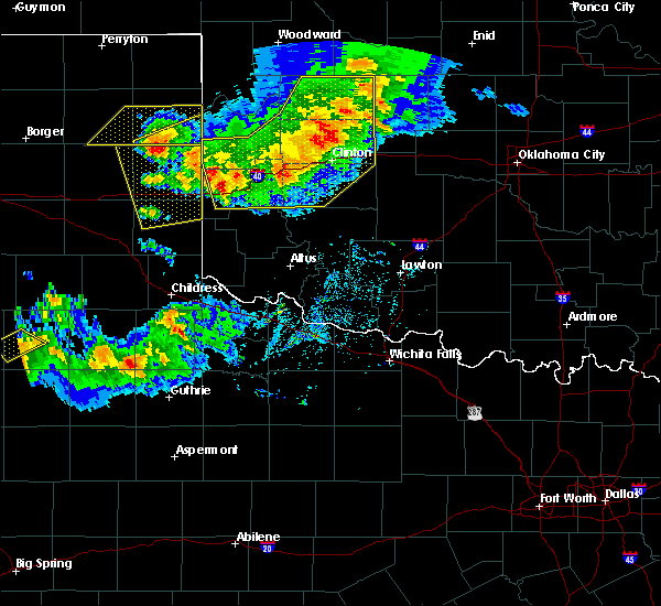 Radar Image for Severe Thunderstorms near Burns Flat, OK at 6/4/2020 6:52 PM CDT