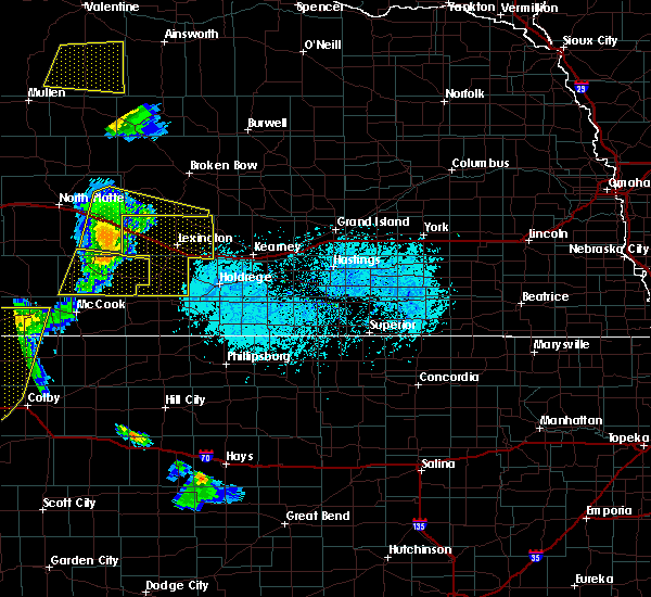 Radar Image for Severe Thunderstorms near Maywood, NE at 6/4/2020 7:00 PM CDT