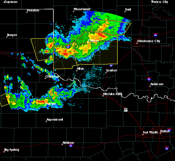 Radar Image for Severe Thunderstorms near Burns Flat, OK at 6/4/2020 7:17 PM CDT