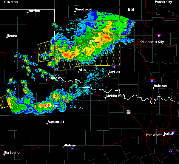 Radar Image for Severe Thunderstorms near Sayre, OK at 6/4/2020 7:28 PM CDT