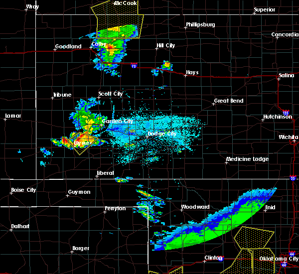Radar Image for Severe Thunderstorms near Ulysses, KS at 6/4/2020 7:55 PM CDT