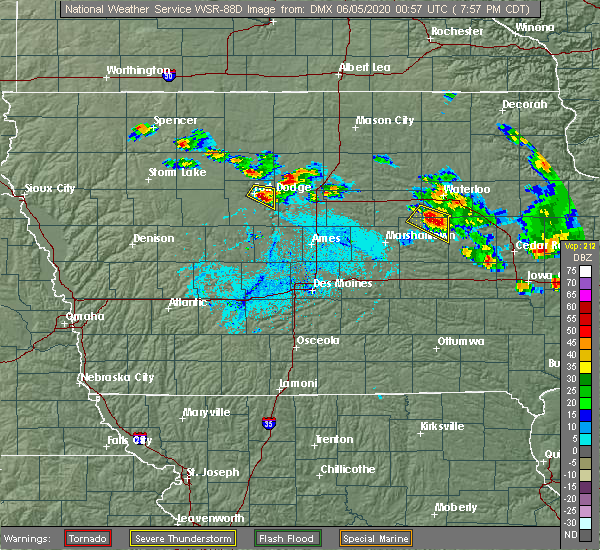 Radar Image for Severe Thunderstorms near Traer, IA at 6/4/2020 8:05 PM CDT