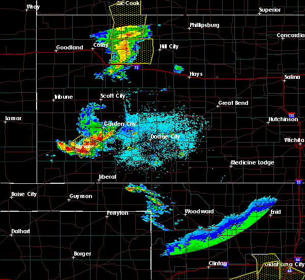 Radar Image for Severe Thunderstorms near Ulysses, KS at 6/4/2020 8:14 PM CDT