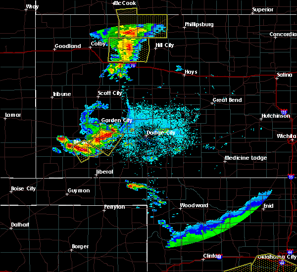 Radar Image for Severe Thunderstorms near Ulysses, KS at 6/4/2020 8:30 PM CDT