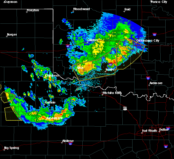 Radar Image for Severe Thunderstorms near Blair, OK at 6/4/2020 8:34 PM CDT