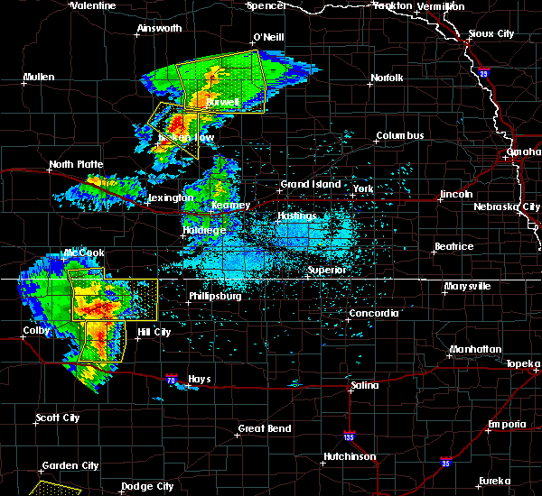 Radar Image for Severe Thunderstorms near Norton, KS at 6/4/2020 8:43 PM CDT
