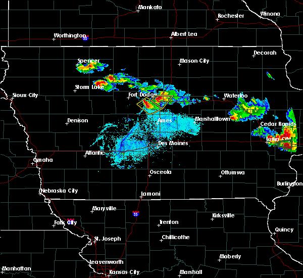 Radar Image for Severe Thunderstorms near Ellsworth, IA at 6/4/2020 8:45 PM CDT