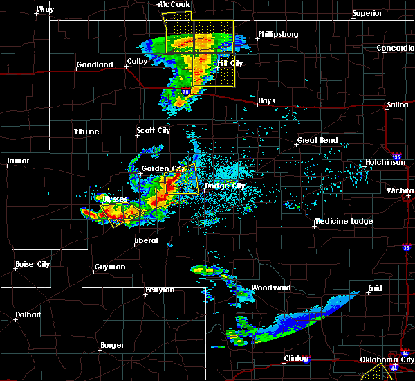 Radar Image for Severe Thunderstorms near Ulysses, KS at 6/4/2020 8:57 PM CDT