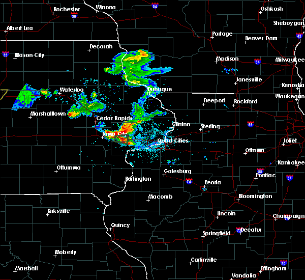 Radar Image for Severe Thunderstorms near Maysville, IA at 6/4/2020 9:04 PM CDT