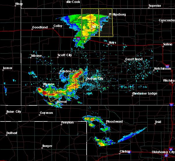 Radar Image for Severe Thunderstorms near Cimarron, KS at 6/4/2020 9:09 PM CDT