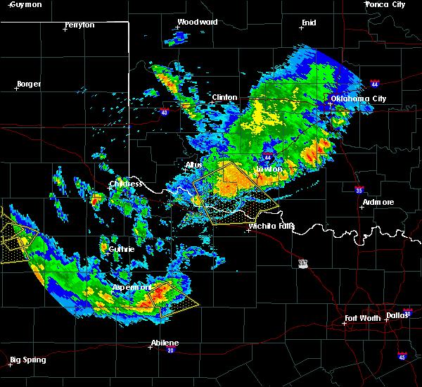 Radar Image for Severe Thunderstorms near Burkburnett, TX at 6/4/2020 9:09 PM CDT