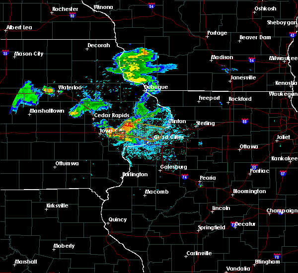 Radar Image for Severe Thunderstorms near Maysville, IA at 6/4/2020 9:11 PM CDT