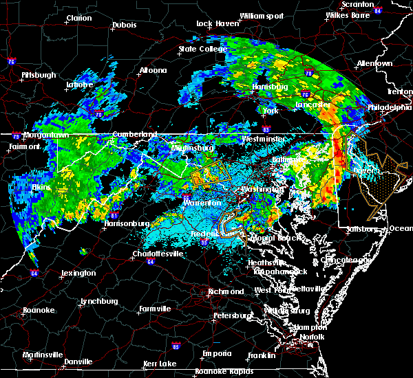 Radar Image for Severe Thunderstorms near Montgomery Village, MD at 6/4/2020 10:13 PM EDT