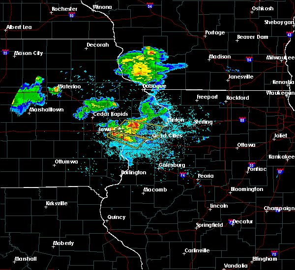 Radar Image for Severe Thunderstorms near Atalissa, IA at 6/4/2020 9:28 PM CDT