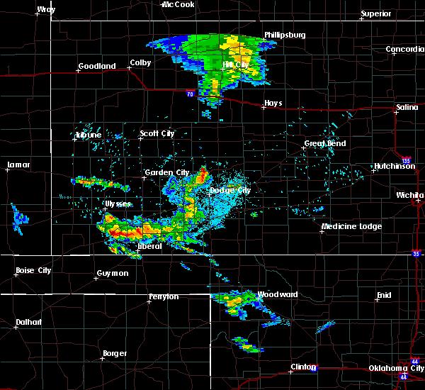 Radar Image for Severe Thunderstorms near Cimarron, KS at 6/4/2020 9:29 PM CDT