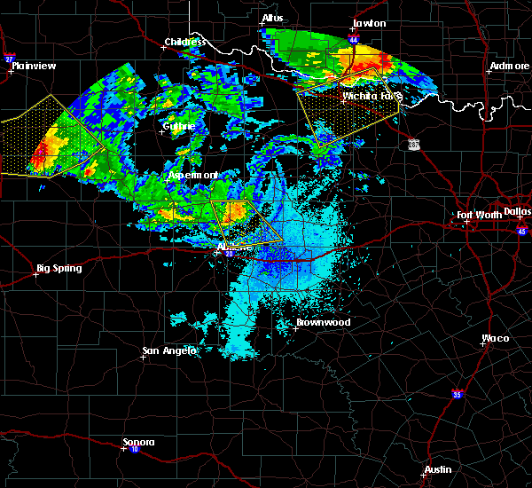 Radar Image for Severe Thunderstorms near Lueders, TX at 6/4/2020 9:44 PM CDT