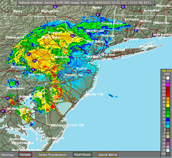 Radar Image for Severe Thunderstorms near Yardley, PA at 6/4/2020 10:47 PM EDT