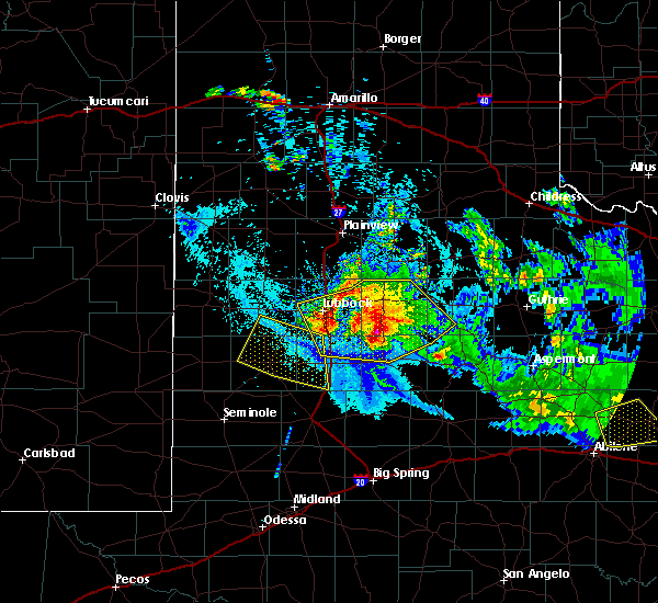 Radar Image for Severe Thunderstorms near Slaton, TX at 6/4/2020 9:48 PM CDT