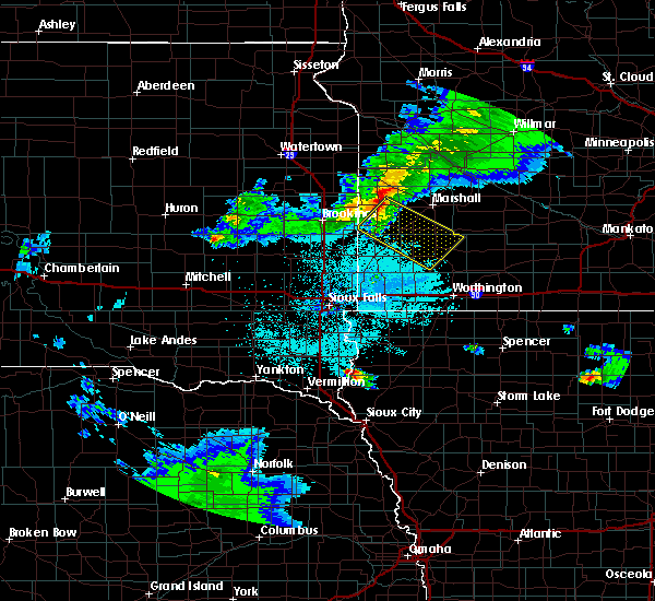 Radar Image for Severe Thunderstorms near Balaton, MN at 6/4/2020 10:03 PM CDT