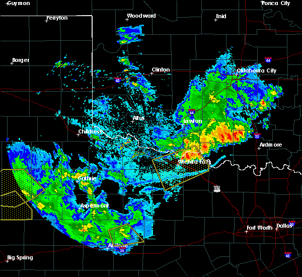 Radar Image for Severe Thunderstorms near Archer City, TX at 6/4/2020 10:05 PM CDT