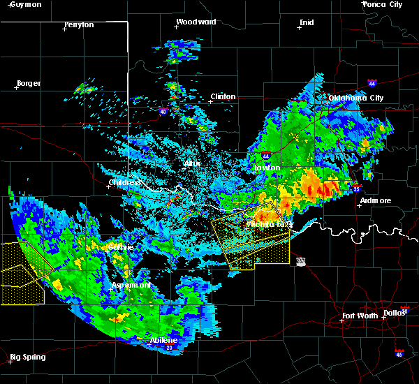 Radar Image for Severe Thunderstorms near Archer City, TX at 6/4/2020 10:13 PM CDT