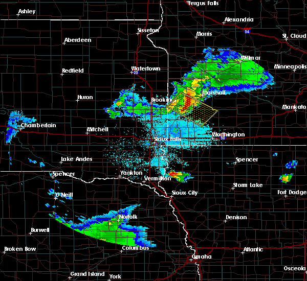 Radar Image for Severe Thunderstorms near Balaton, MN at 6/4/2020 10:21 PM CDT