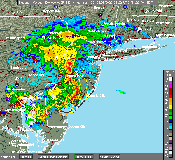Radar Image for Severe Thunderstorms near Browns Mills, NJ at 6/4/2020 11:29 PM EDT
