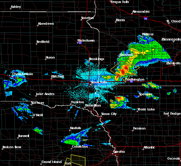 Radar Image for Severe Thunderstorms near Kinbrae, MN at 6/4/2020 11:11 PM CDT