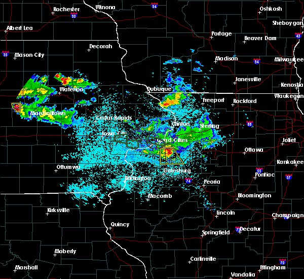 Radar Image for Severe Thunderstorms near Galva, IL at 6/4/2020 11:14 PM CDT