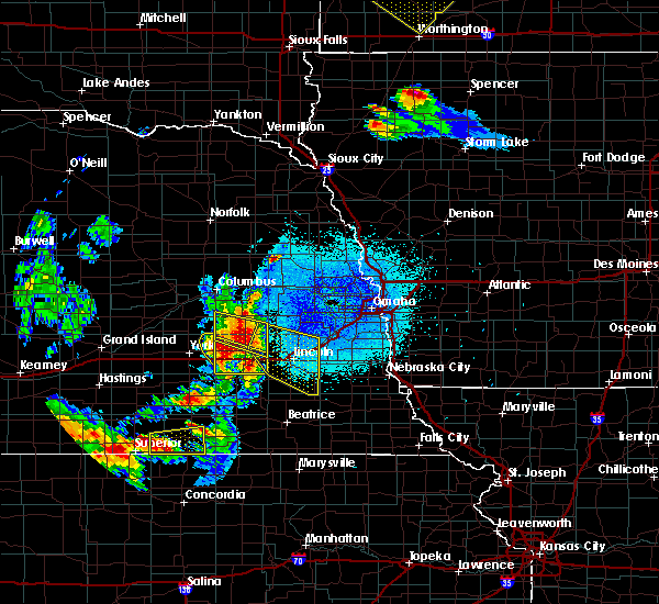 Radar Image for Severe Thunderstorms near Pleasant Dale, NE at 6/4/2020 11:27 PM CDT