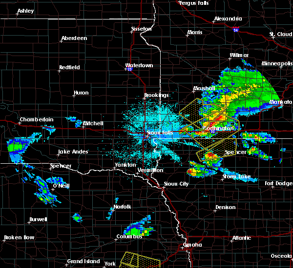 Radar Image for Severe Thunderstorms near Spencer, IA at 6/4/2020 11:31 PM CDT