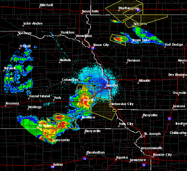 Radar Image for Severe Thunderstorms near Wahoo, NE at 6/4/2020 11:59 PM CDT