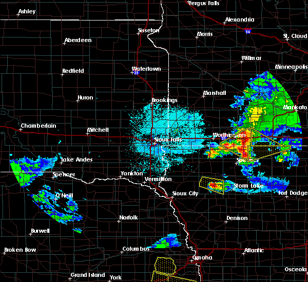 Radar Image for Severe Thunderstorms near Meriden, IA at 6/5/2020 12:05 AM CDT