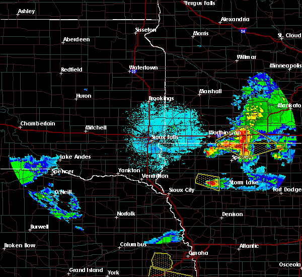 Radar Image for Severe Thunderstorms near Alta, IA at 6/5/2020 12:11 AM CDT