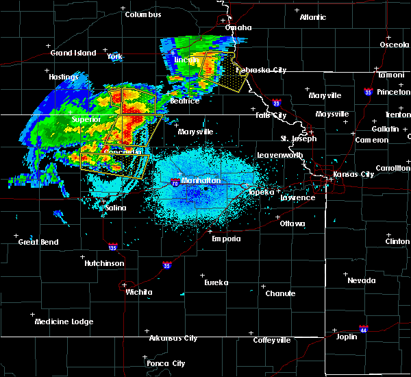 Radar Image for Severe Thunderstorms near Oketo, KS at 6/5/2020 12:33 AM CDT