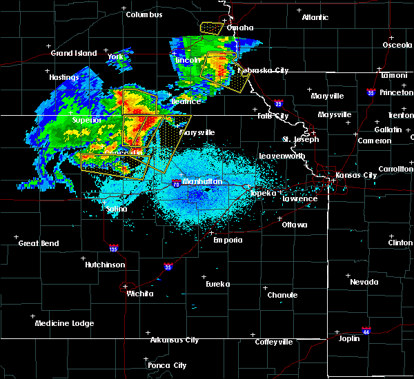 Radar Image for Severe Thunderstorms near Oketo, KS at 6/5/2020 12:42 AM CDT