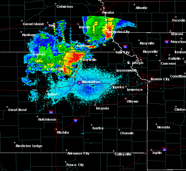 Radar Image for Severe Thunderstorms near Oketo, KS at 6/5/2020 1:05 AM CDT