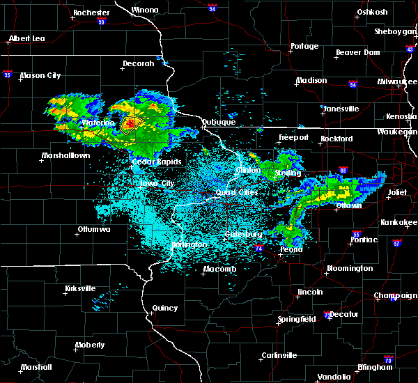 Radar Image for Severe Thunderstorms near Winthrop, IA at 6/5/2020 1:17 AM CDT