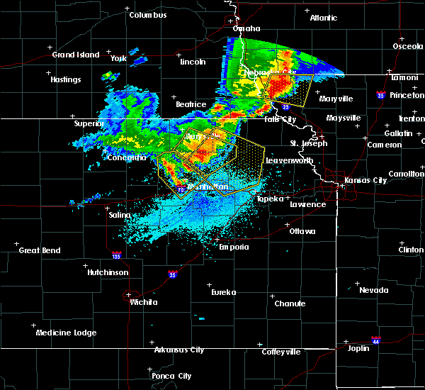 Radar Image for Severe Thunderstorms near Hoyt, KS at 6/5/2020 1:39 AM CDT