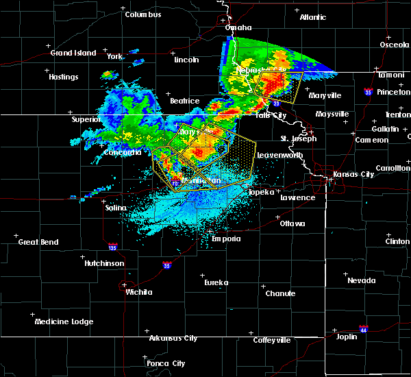 Radar Image for Severe Thunderstorms near Olsburg, KS at 6/5/2020 1:44 AM CDT