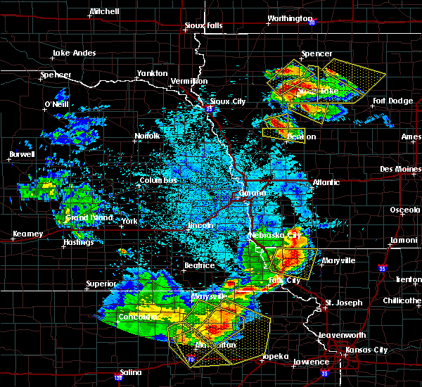 Radar Image for Severe Thunderstorms near Maitland, MO at 6/5/2020 1:49 AM CDT