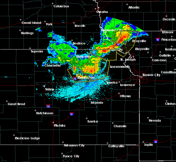 Radar Image for Severe Thunderstorms near Hoyt, KS at 6/5/2020 2:06 AM CDT
