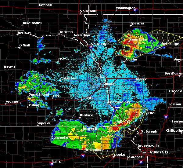 Radar Image for Severe Thunderstorms near Arthur, IA at 6/5/2020 2:14 AM CDT