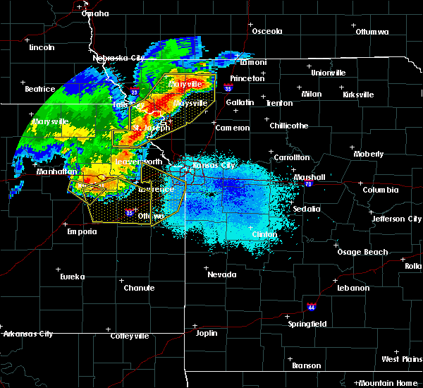 Radar Image for Severe Thunderstorms near Prairie Village, KS at 6/5/2020 2:54 AM CDT